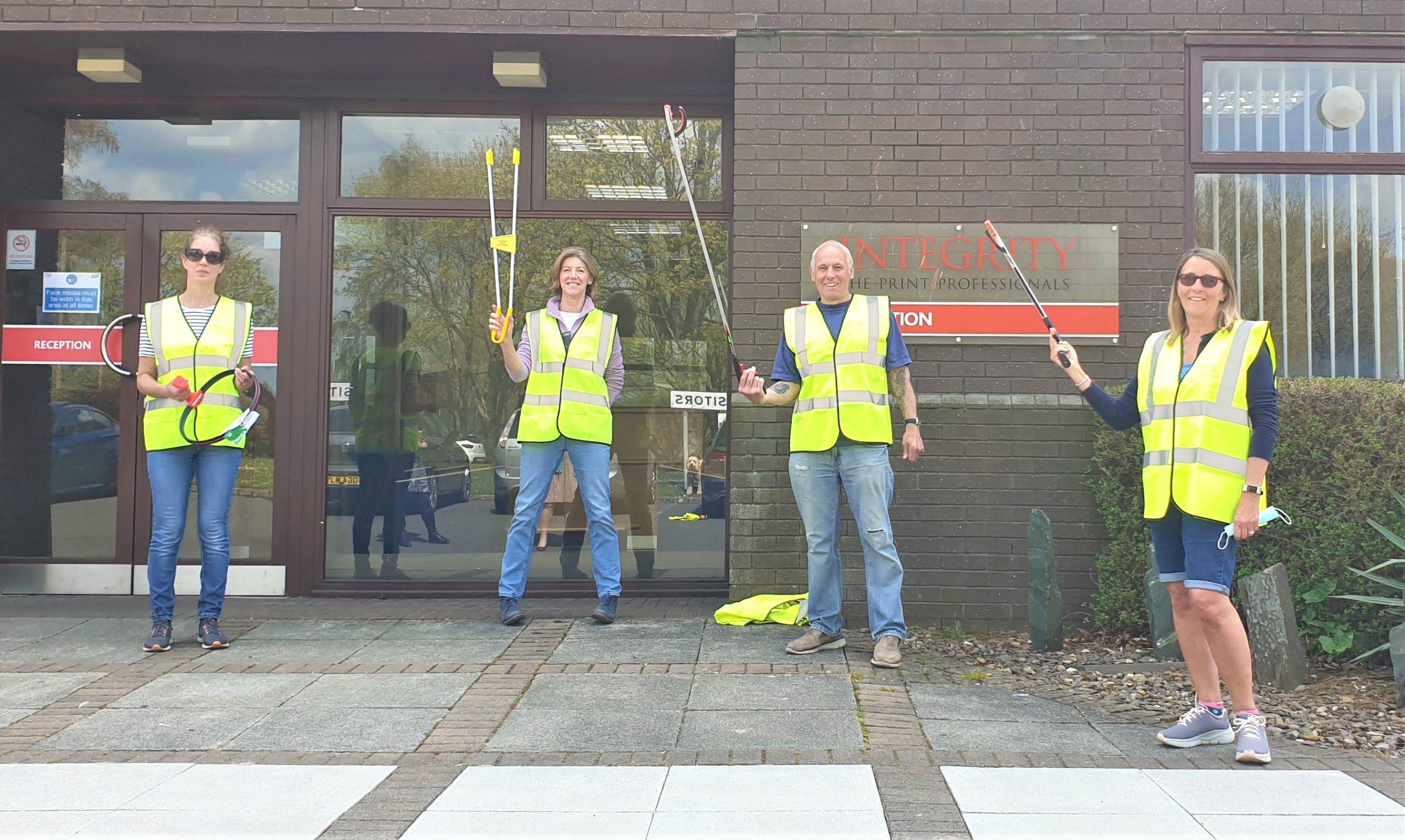 Integrity Donates Equipment to Local Volunteers
